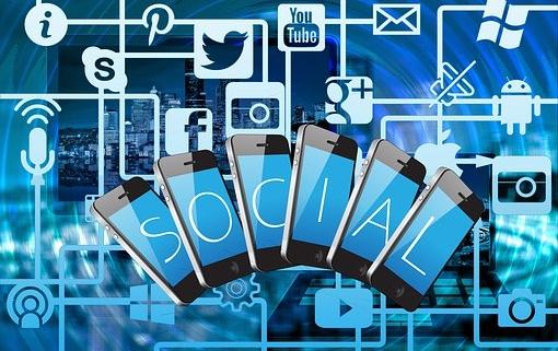 Sociala medier Google+ Linkedin Twitter