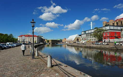 Flyttstadning Stadfirma Goteborg Bra pris Stadgaranti